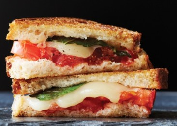 camembert_caprese_grilled-cheese_sandwiches-458x326